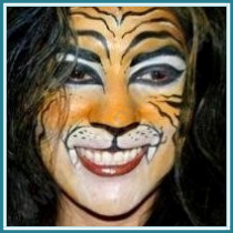 Face Painter, San Antonio, Balloon Artist, full face tiger face painting, tiger, full face twister, balloon decorator, San Antonio small business owner, Almapaints