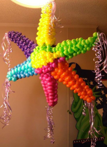 balloon pinata in San Antonio, the best balloon decor in San Antonio, balloon art, Almapaints